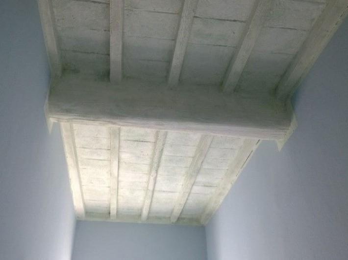 Verniciatura e trattamento soffitti legno e cotto empoli